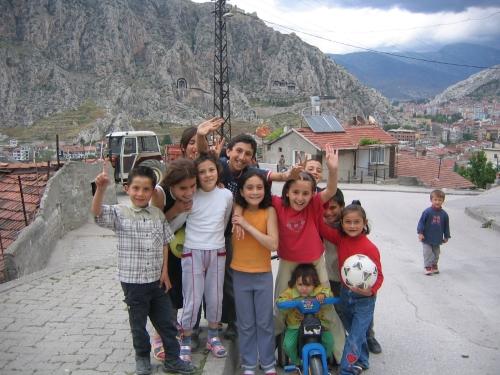 Eine Horde Kinder