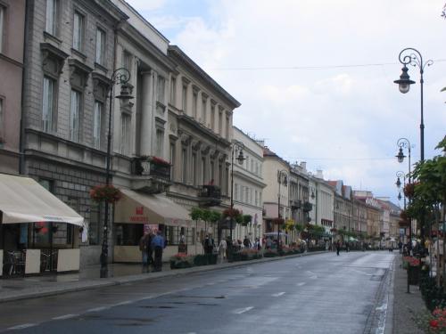 Strasse in die Altstadt Warschaus