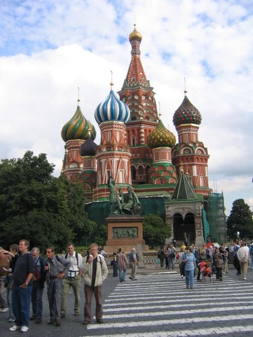 Ich vor der Basilius Kathedrale