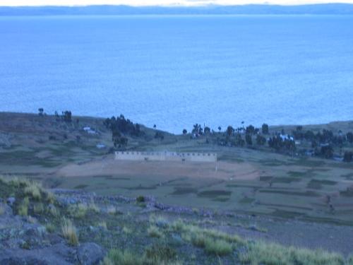 Das Fussbalstadion der Titicacase-Inseln