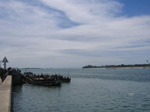 Ankommende Boote am Fischmarkt