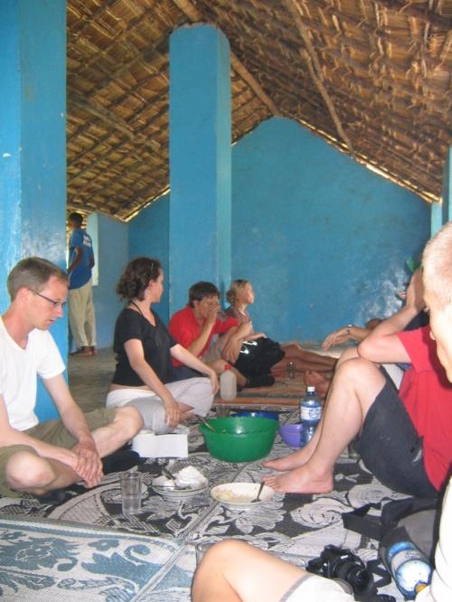 Unsere Tourgruppe beim Mittagessen