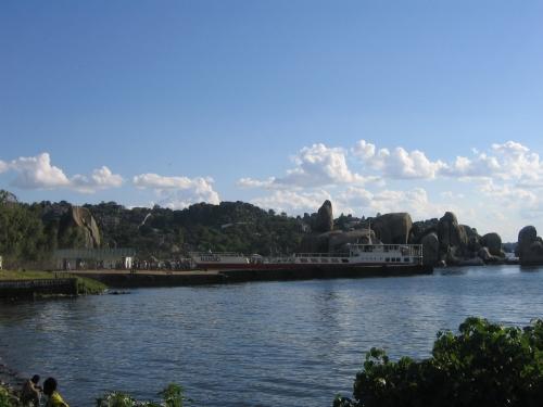Eine Faehre am Victoriasee
