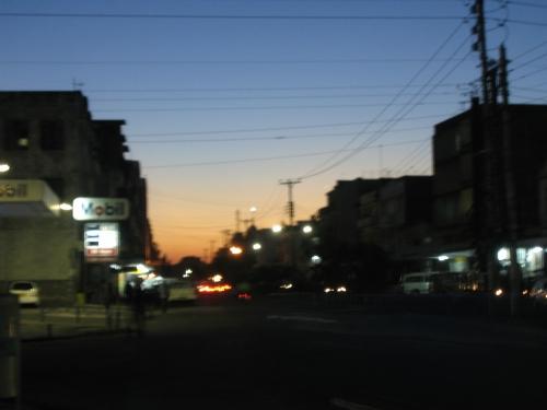 Verwackelte Ankunft in Mombasa bei Sonnenuntergang
