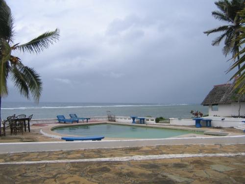 Der Pool des Cliff Beach Villa, in dem ich wohnte