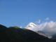 Blick mit Seltenheitswert: Der Kazbek nicht in Wolken gehuellt