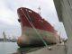 Ein 150 Meter Tanker im Hafen