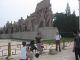 Ich vor dem Arbeiterdenkmal vorm Mausoleum