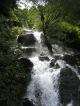Ein Wasserfall im Niemandsland zwischen China und Nepal