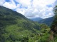 Die gruene Landschaft zu Fusse des Annapurnamassivs
