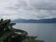 Toba See und Festland