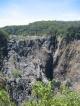 Die Barron Falls in der Realitaet der Trockenzeit