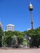 Die Archibald Fountain im Hyde Park und der Sydney Tower