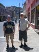 Sebastian und ich vor dem Cerro Artilleria