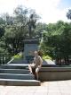 Ich vor der General Artigas Statue