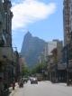 Die Erloeserstatue hoch ueber Rio