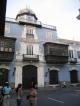 Koloniales Gebaeude mit typisch Limaischem Balkon
