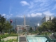 Ein Monument im Stadtteil Altamira
