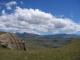 Blick hinunter vom Ndlovini auf die Drakensberge