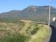 Der Zug nach Port Elizabeth vor grandioser Kulisse
