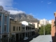 Die Longstreet am naechsten Morgen mit dem Tafelberg im Hintergrund