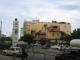 Der Clocktower an einem Kreisverkehr in Dar