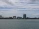 Ein Dhow im Hafen von Dar es Salam