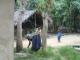 Eine lokale Familie im laendlichen Zanzibar